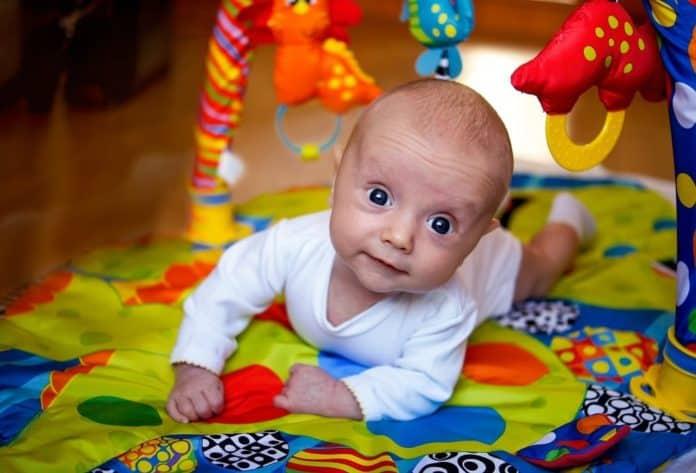 Moderne Aktivitetstæppe - Se de mest populære legetæpper til børn → OV-88